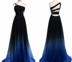 Elegant Black and Bl..