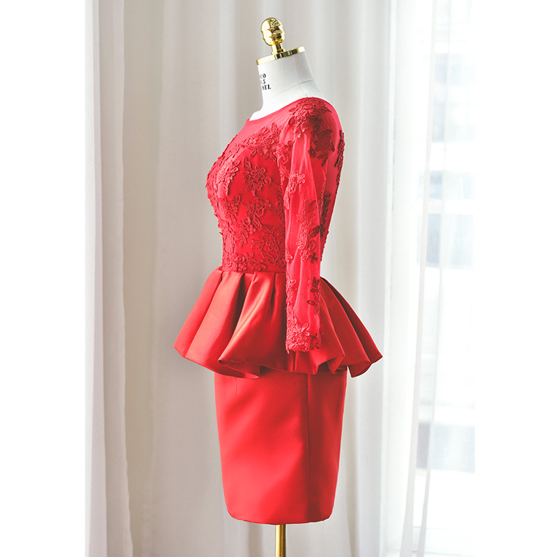 Custom Made Red Long Sleeve Sheath Cocktail Dresses Peplum Lace Appliques Formal Party Dress Women Special Occasion Dress Gowns