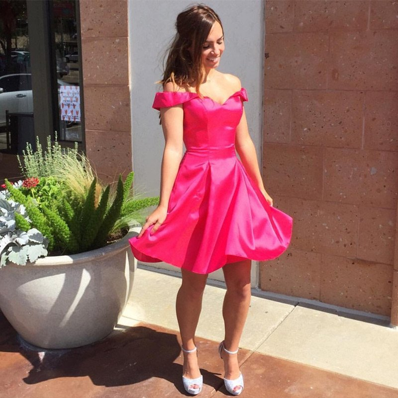 Hot Pink Satin V Neck Short Homecoming Dresses 2017 Off Shoulder Mini Satin Girls Graduation Party Dress 8th Grade Prom Gowns