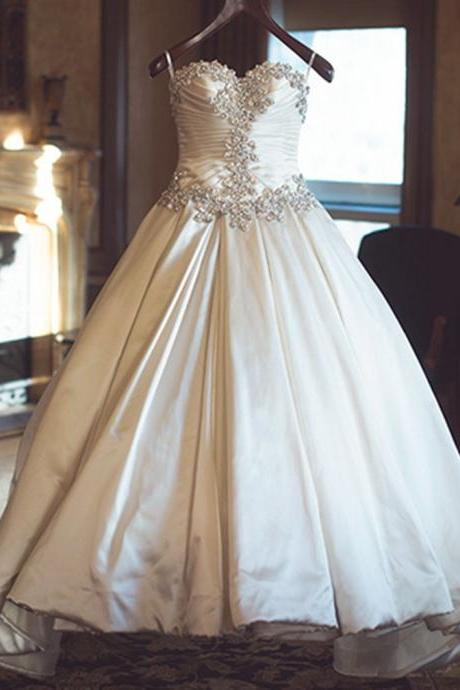 Royal Style Ivory Taffeta Sweetheart Wedding Dresses Ball Gowns 2017 Beaded Pleat Long Bride Wedding Dress