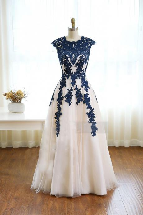 Round Neck Cap Sleeved A-line Tulle Floor-Length Prom Dress, Evening Dress with Lace Appliqués