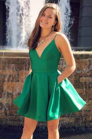 A-Line Deep V-Neck Party Dress,Sleeveless Short Green Satin Homecoming Dress,Simple Homecoming Dresses,Spaghetti Straps Graduation Prom Gowns