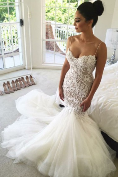 Mermaid Spaghetti Straps Chapel Train Ivory Tulle Wedding Dress with Lace