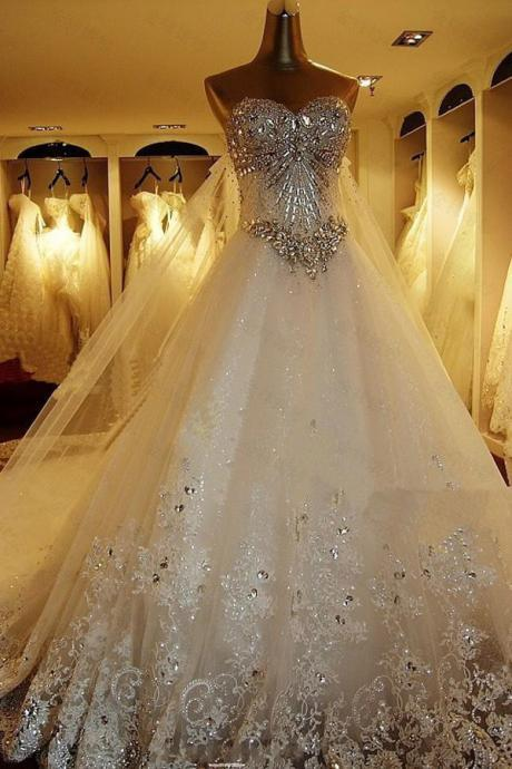 Stunning Sweetheart Ball Gown Watteau Train Wedding Dress with Appliques Beading Custom made
