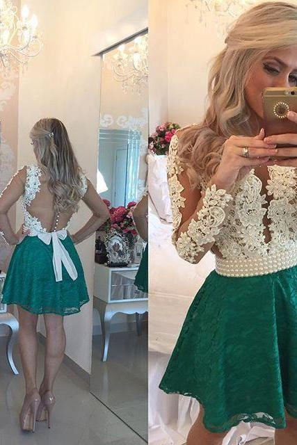 Sexy Long Sleeve Homecoming Dresses A Line Short Party Dresses See Through Back Graduation Dresses Lace Appliques Pearls Girls Homecoming Dresses