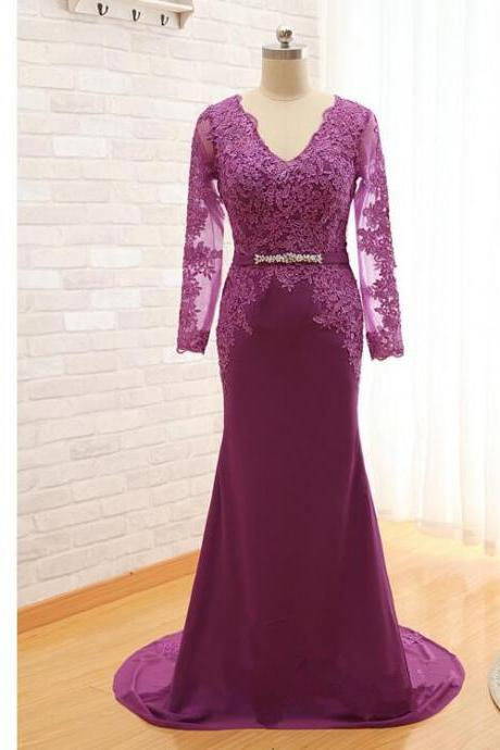 Purple Long Sleeves Mother Of The Bride Dresses Lace Applique V Neck Sweep Train Evening Dresses Beading Wedding Party Dresses