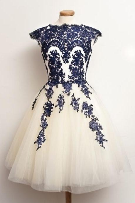 2016 Tulle Short Prom Dress With Navy Blue Lace Appliques