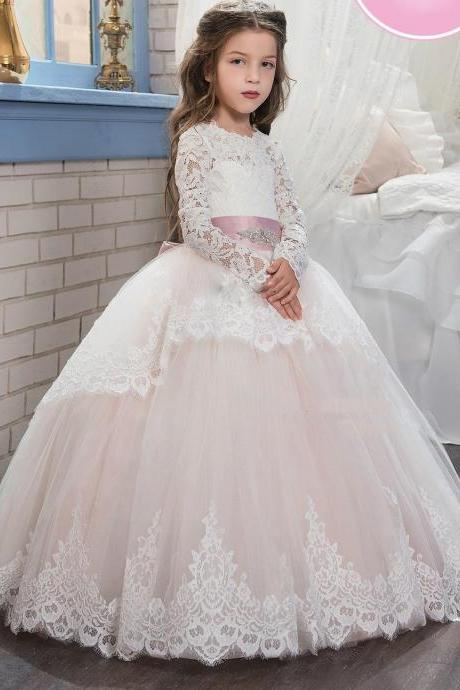 2017 Cute Flower Girl's Dresses for Weddings Long Sleeves Lace Appliques Beaded Ball Gown Kid's Pageant Communion Dress