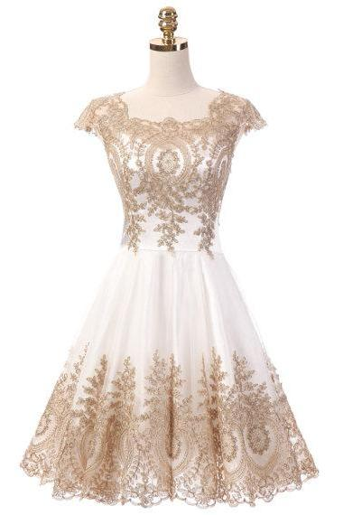 Chic Short Prom Dress Cap Sleeve Cocktail Bridesmaid Dresses Gold Lace Homecoming Dresses White Evening Party Gowns Dress For Graduation
